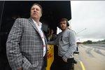 Zak Brown und Fernando Alonso (McLaren)