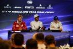 Sebastian Vettel (Ferrari), Lewis Hamilton (Mercedes) und Valtteri Bottas (Mercedes)