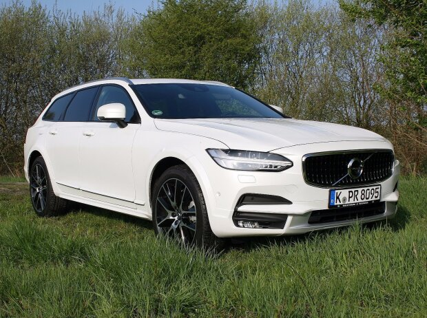 Volvo V90 Cross Country T6 Pro 2017