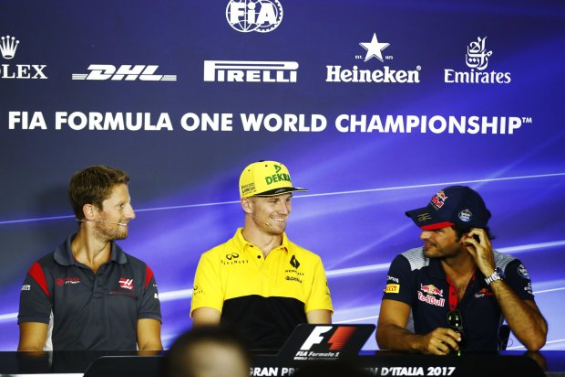 Romain Grosjean Nico Hülkenberg Carlos Sainz Toro Rosso Scuderia Toro Rosso F1 ~Romain Grosjean (Haas), Nico Hülkenberg (Renault) und Carlos Sainz (Toro Rosso) ~