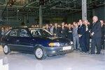 Der erste Opel Astra rollte im Beisein von Helmut Kohl im im Opel-Werk Eisenach vom Band