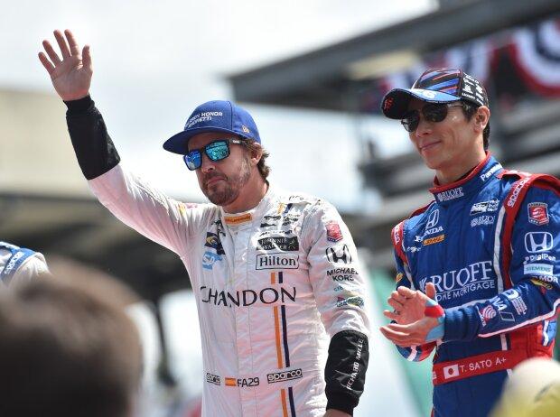 Fernando Alonso, Takuma Sato