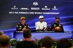 Max Verstappen (Red Bull), Lewis Hamilton (Mercedes) und Daniel Ricciardo (Red Bull)