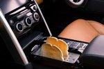 Land Rover Discovery von Starkoch Jamie Oliver: Toaster in der Mittelkonsole