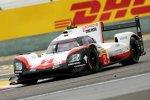 Timo Bernhard (Porsche), Earl Bamber (Porsche) und  Brendon Hartley (Porsche)