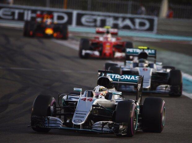 Lewis Hamilton, Nico Rosberg, Kimi Räikkönen, Daniel Ricciardo