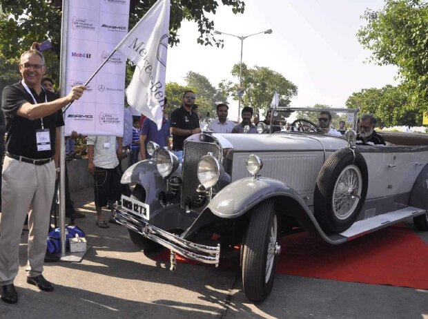 Mercedes-Rallye in Indien