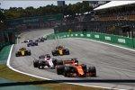 Fernando Alonso (McLaren), Sergio Perez (Force India), Nico Hülkenberg (Renault) und Carlos Sainz (Renault)