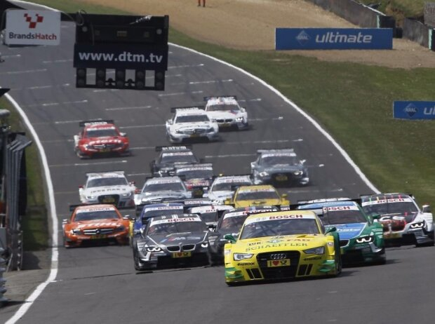 Brands Hatch 2013 Start