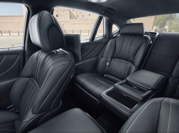 Innenraum des Lexus LS 500h 2018