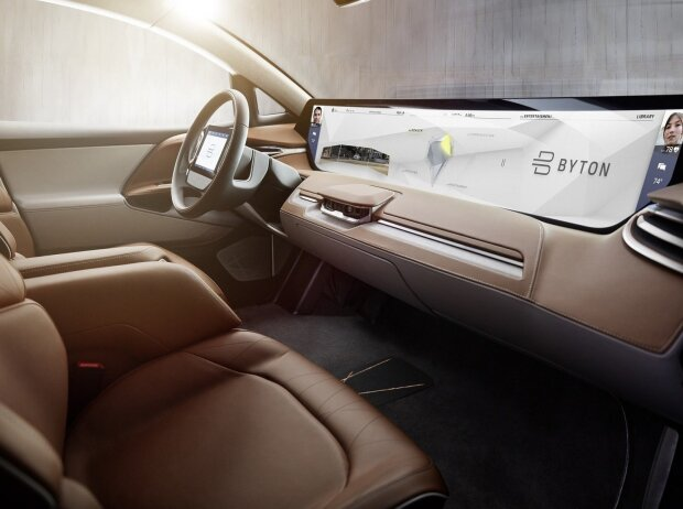 Innenraum des Byton Concept mit Shared Experience Display
