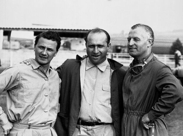 Großer Preis von Frankreich 1954 in Reims (v.l.): Hans Herrmann, Juan Manuel Fangio und Karl Kling