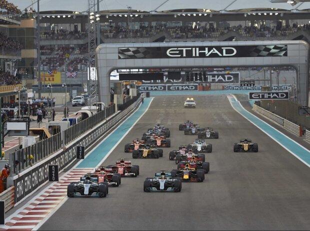 Valtteri Bottas, Lewis Hamilton, Sebastian Vettel, Daniel Ricciardo, Kimi Räikkönen, Max Verstappen