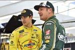 Joey Logano (Penske) und Clint Bowyer (Stewart-Haas)
