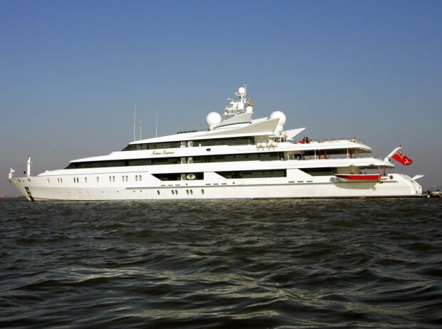 Vijay Mallyas Superyacht Indian Empress