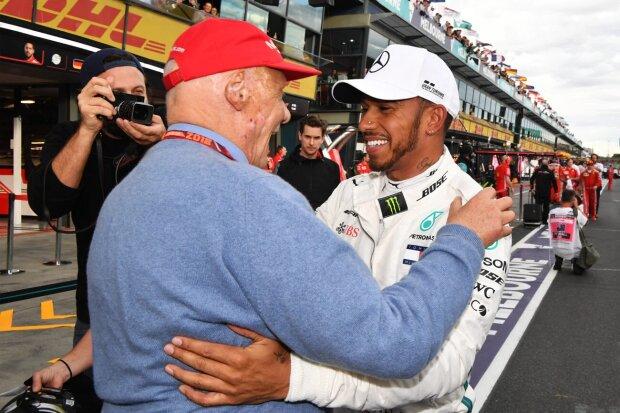 Lewis Hamilton Niki Lauda Mercedes Mercedes AMG Petronas Motorsport F1 ~Lewis Hamilton (Mercedes) und Niki Lauda ~
