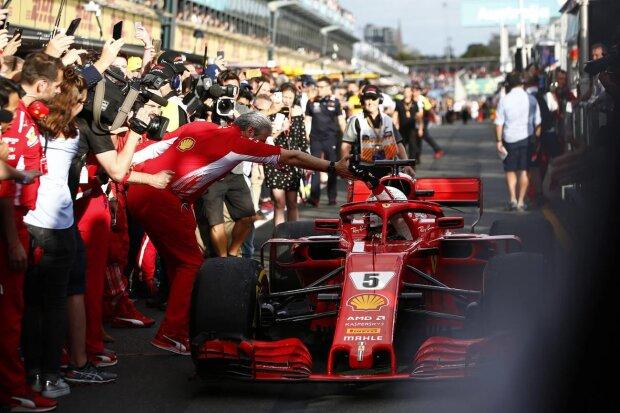 Maurizio Arrivabene Sebastian Vettel Ferrari Scuderia Ferrari F1CIP CIP Moto3 ~Maurizio Arrivabene und Sebastian Vettel (Ferrari) ~