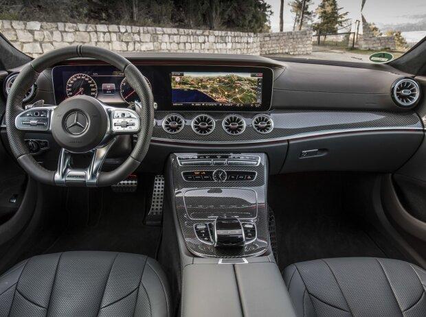Innenraum und Cockpit des Mercedes-AMG CLS 53 4MATIC+ 2018