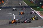 Fernando Alonso (McLaren), Romain Grosjean (Haas), Carlos Sainz (Renault), Stoffel Vandoorne (McLaren) und Esteban Ocon (Force India)