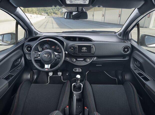 Innenraum des Toyota Yaris GRMN 2018