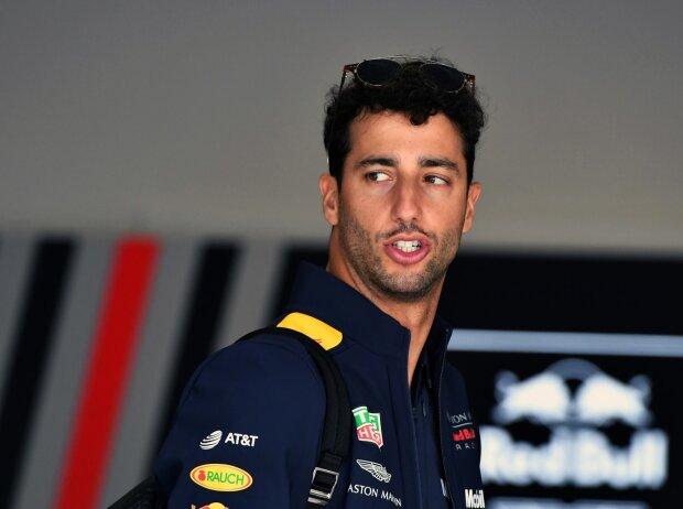 Ricciardo schießt Red-Bull-Kollege Verstappen ab