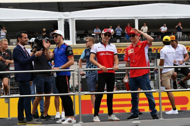 Charles Leclerc Kimi Räikkönen Ferrari Scuderia Ferrari F1Sauber Alfa Romeo Sauber F1 Team F1 ~Charles Leclerc (Sauber) und Kimi Räikkönen (Ferrari) ~