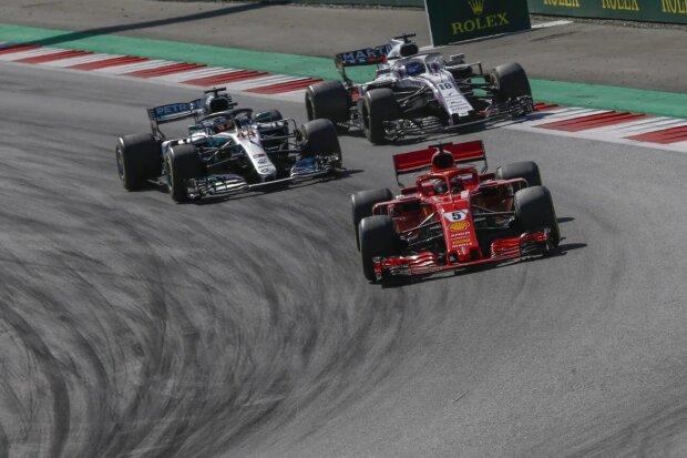 Sebastian Vettel Lewis Hamilton Ferrari Scuderia Ferrari F1Mercedes Mercedes AMG Petronas Motorsport F1 ~Sebastian Vettel (Ferrari) und Lewis Hamilton (Mercedes) ~