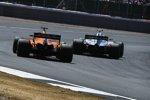 Fernando Alonso (McLaren) und Kevin Magnussen (Haas)