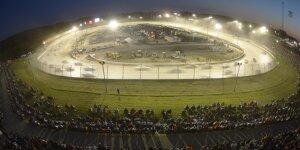 Tony Stewart will die Cup-Serie zum Eldora Speedway locken