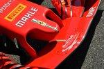 Nase und Frontflügel des Ferrari