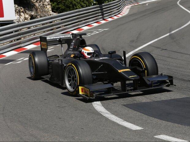 GP2-Auto mit 18-Zoll-Reifen von Pirelli