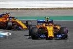 Stoffel Vandoorne (McLaren) und Fernando Alonso (McLaren)