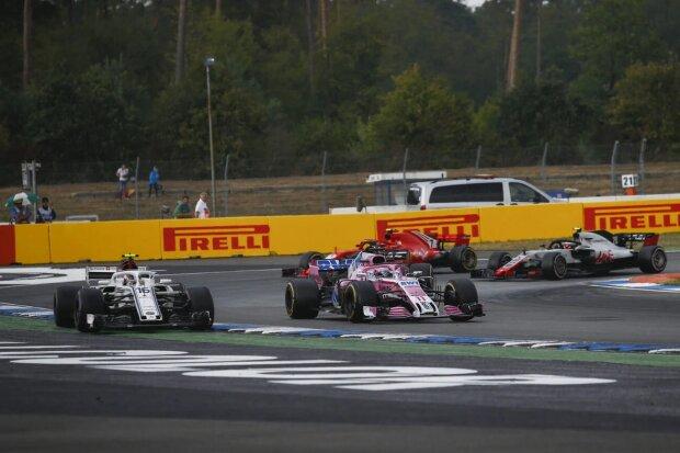 Charles Leclerc Sergio Perez Force India Sahara Force India F1 Team F1Sauber Alfa Romeo Sauber F1 Team F1 ~Charles Leclerc (Sauber) und Sergio Perez (Force India) ~