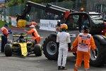 Nico Hülkenberg (Renault) und Fernando Alonso (McLaren)