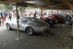 Wir erwähnten eingangs schon den Ferrari 250 GT SWB. Im Paddock entdeckte man gleich ein ganzes Rudel. Der finanzielle Wert aller Wagen auf dem Bild liegt im zweistelligen Millionenbereich. Trotzdem werden sie zügig auf der Rennstrecke bewegt.