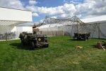Auch anderes Militärgerät findet sich auf dem Goodwood Revival. Nicht wenige Besucher kommen in alten Militäruniformen, sogar das einstige Afrika-Korps von Rommel war vertreten.