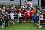 Kevin Magnussen (Haas), Lewis Hamilton (Mercedes), Kimi Räikkönen (Ferrari) und Brendon Hartley (Toro Rosso)