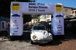 ADAC Europa Classic 2018: Zieleinfahrt des Teams II der Autostadt im 1979er VW Käfer 1303 LS Cabriolet