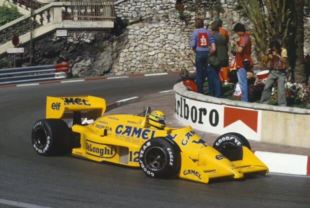 Lotus Lotus F1 Team F1 ~~