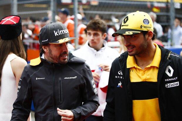 Fernando Alonso Carlos Sainz McLaren McLaren F1 Team F1 ~Fernando Alonso (McLaren) und Carlos Sainz (Renault) ~
