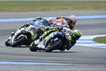 Valentino Rossi vor Cal Crutchlow