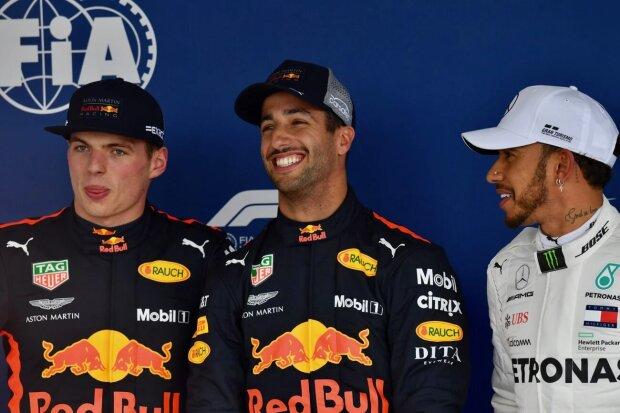 Max Verstappen Daniel Ricciardo Lewis Hamilton Red Bull Aston Martin Red Bull Racing F1Mercedes Mercedes AMG Petronas Motorsport F1 ~Max Verstappen (Red Bull), Daniel Ricciardo (Red Bull) und Lewis Hamilton (Mercedes) ~