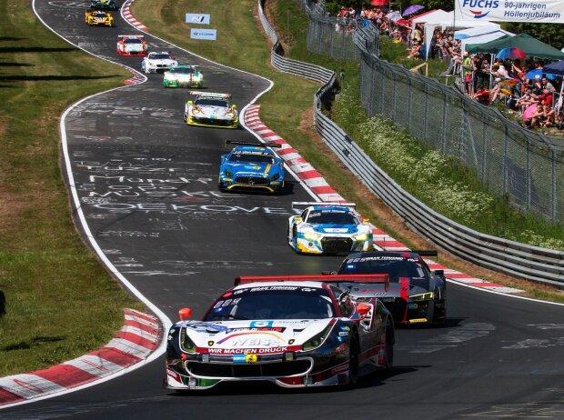 Renn-Action auf der Nürburgring-Nordschleife