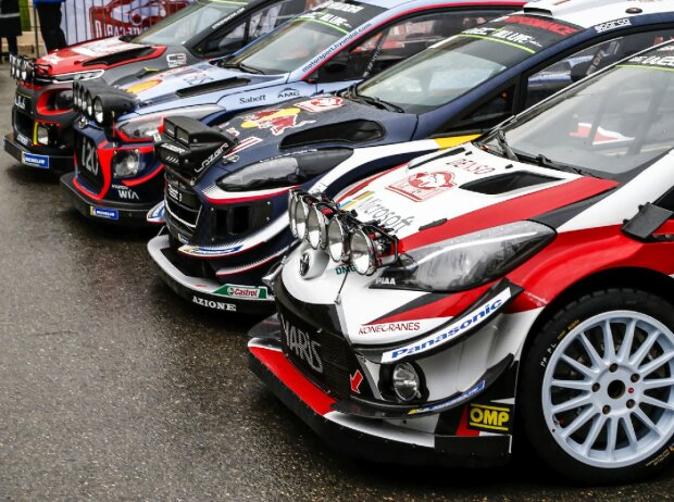Gruppenfoto: Autos für die WRC-Saison 2018