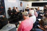 Fernando Alonso (McLaren), Gil de Ferran und Stoffel Vandoorne (McLaren)