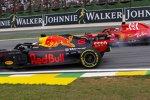 Daniel Ricciardo (Red Bull) und Sebastian Vettel (Ferrari)