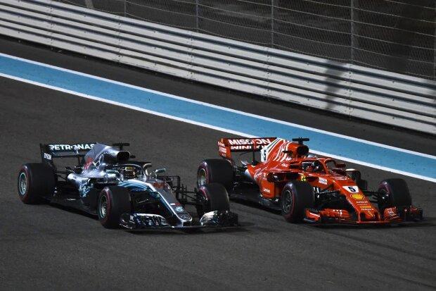 Lewis Hamilton Sebastian Vettel Mercedes Mercedes AMG Petronas Motorsport F1 ~Lewis Hamilton (Mercedes) und Sebastian Vettel (Ferrari) ~