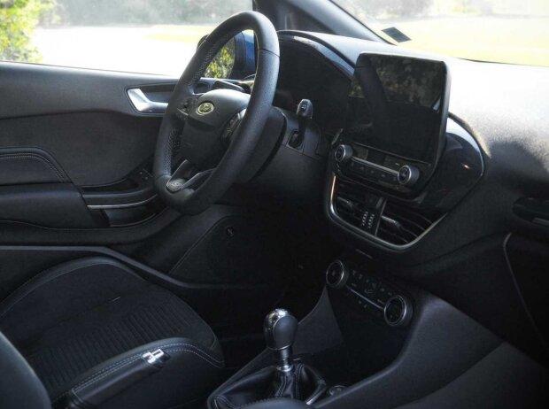 Cockpit des Ford Fiesta ST (2019)