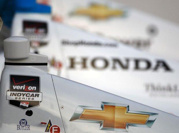 Logos: Chevrolet und Honda