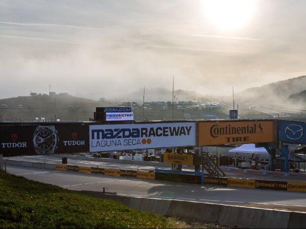 Nebel am Laguna Seca Raceway